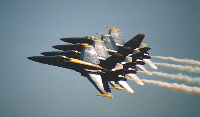 blue_angels_f18s.jpg